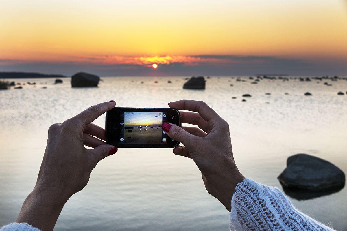 Nutitelefoni või tahvelarvuti ostul saad alati lisaks tasuta fotokursuse, paberfotode trüki ja puhastuslapi