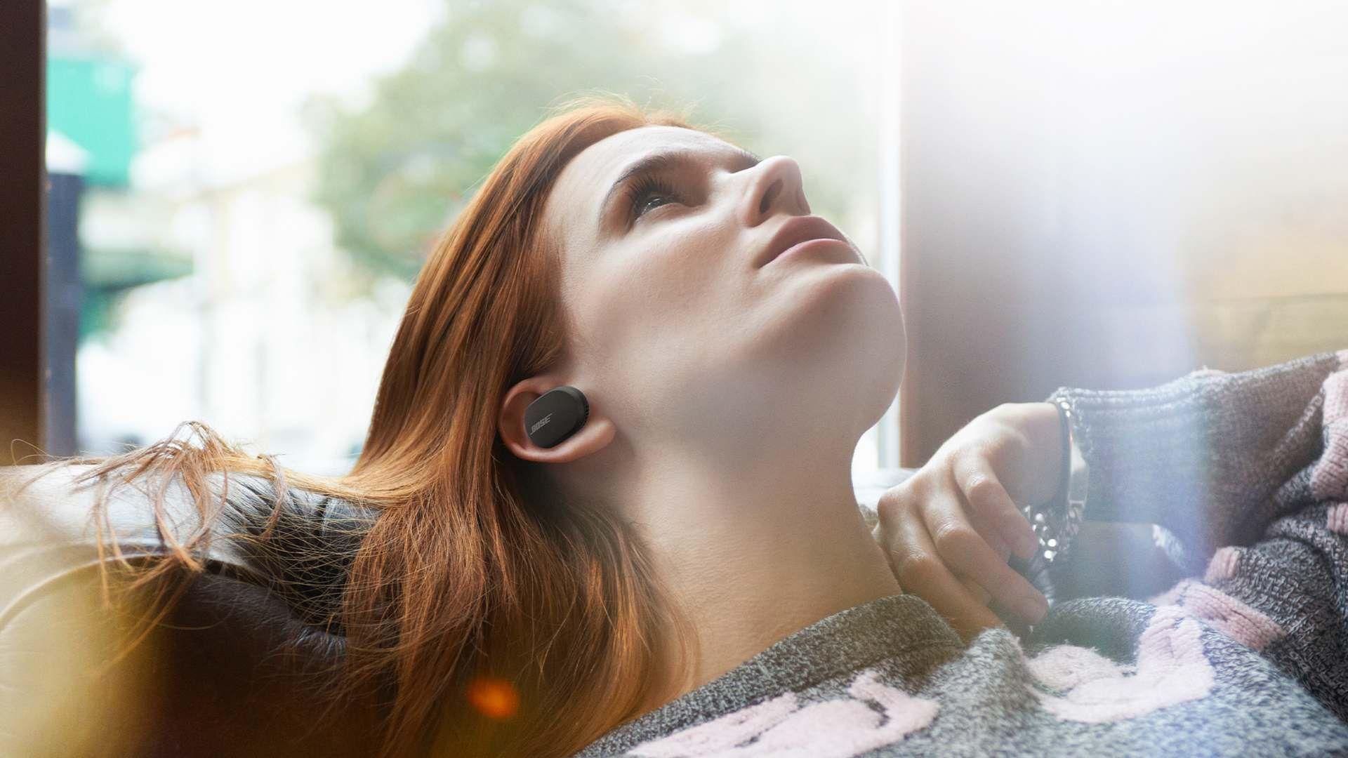 3 paari Bose juhtmevabasid kõrvaklappe on kevadhinnaga