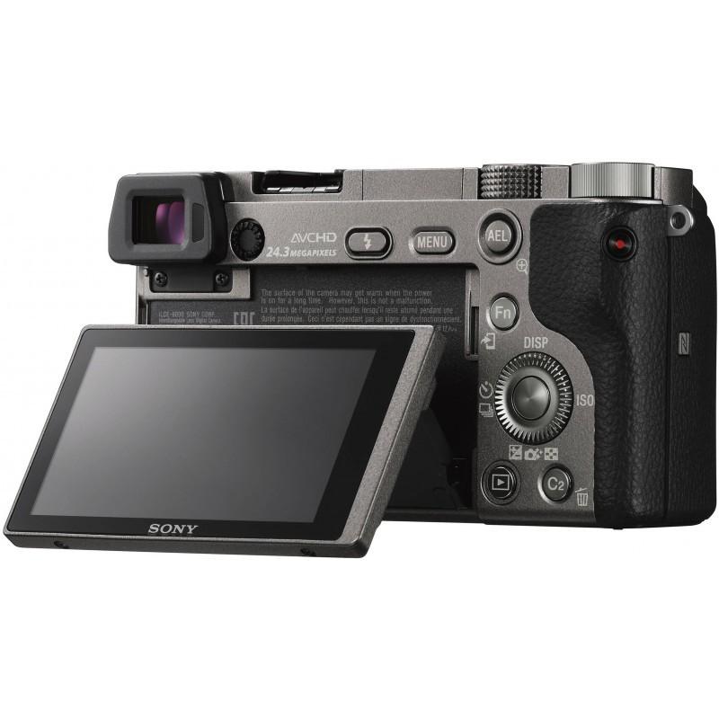 Sony a6000 + 16-50mm Kit, hall
