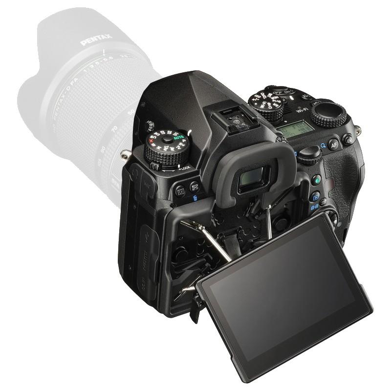 Pentax K-1 kere + D-FA 28-105mm f/3.5-5.6