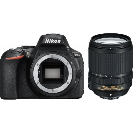 Nikon D5600 + 18-140mm AF-S VR Kit, black