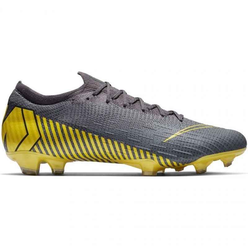 c4d3463f85d2 Men's grass football shoes Nike Mercurial Vapor 12 Elite FG M AH7380-070