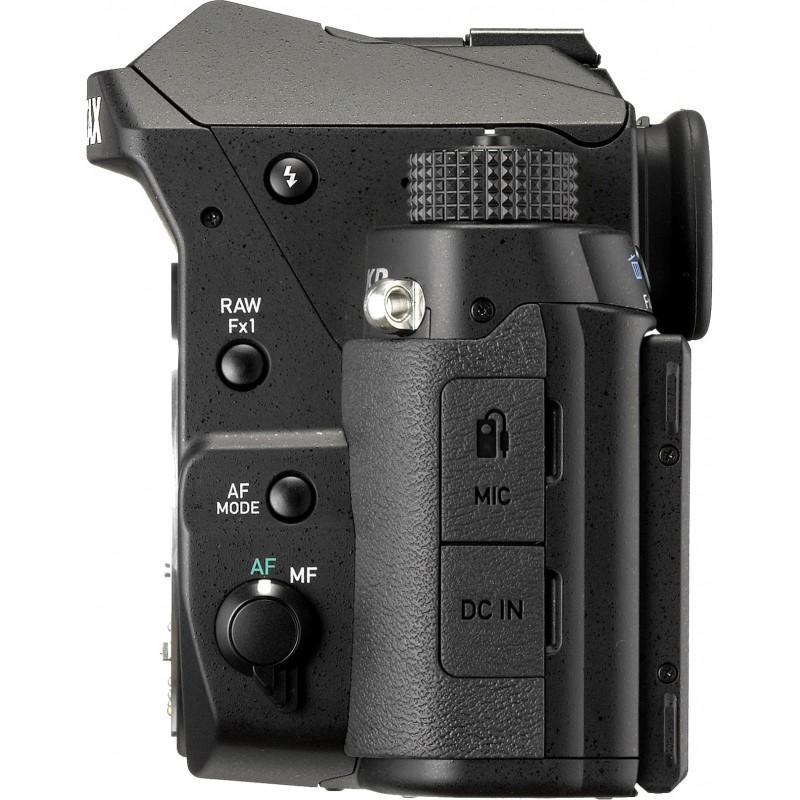 Pentax KP + 50mm f/1.8, black