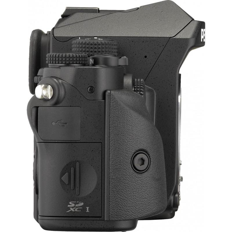 Pentax KP + 35mm f/2.4, must