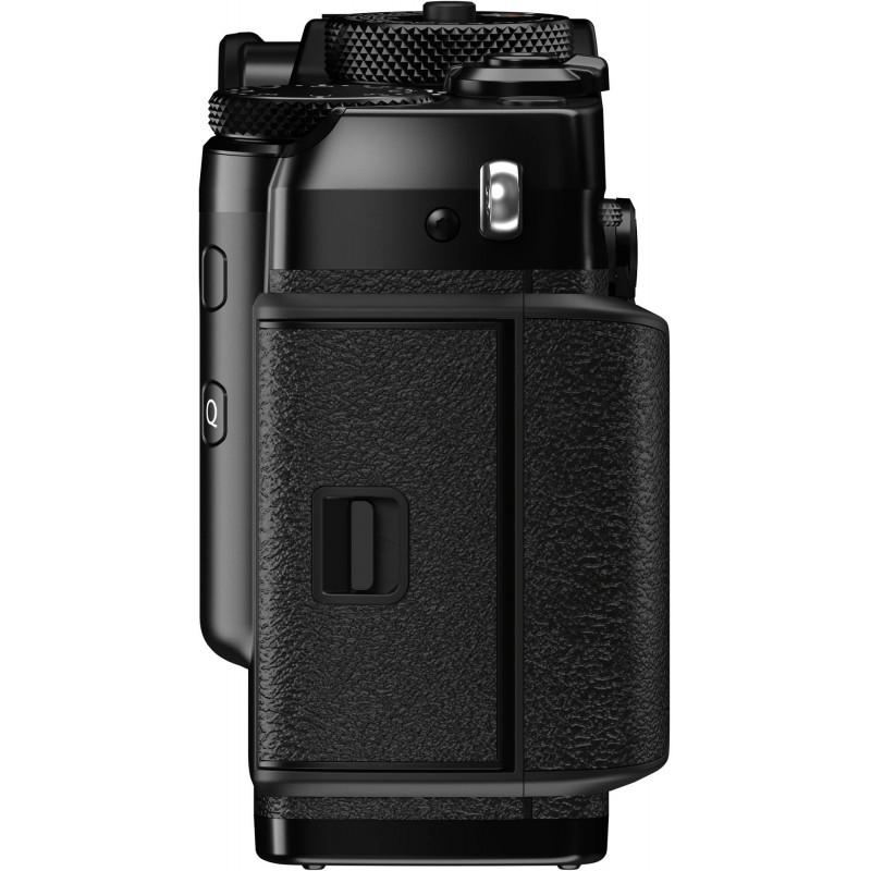Fujifilm X-Pro3 + XF 56mm f/1.2, must