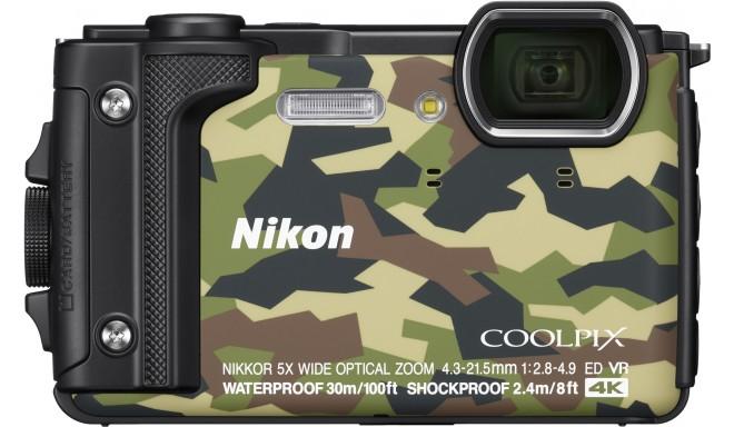 Nikon Coolpix W300 Holiday Kit, kamuflaaž