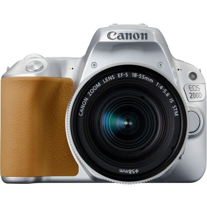 Canon EOS 200D + 18-55mm IS STM, silver