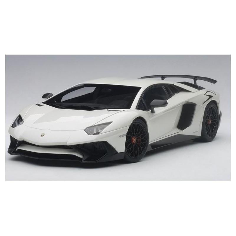 Autoart Model Car Lamborghini Aventador Lp750 4 Sv With Big Sv Logo
