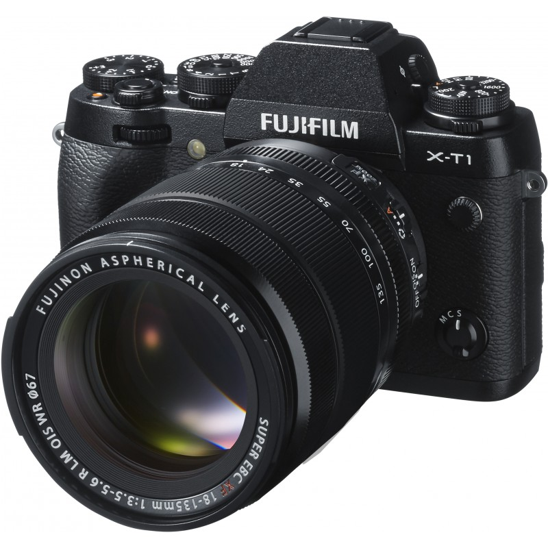 Fujifilm X-T1 + 18-135мм Kit