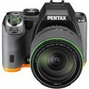Pentax K-S2 + 18-135mm WR Kit, must/oranž